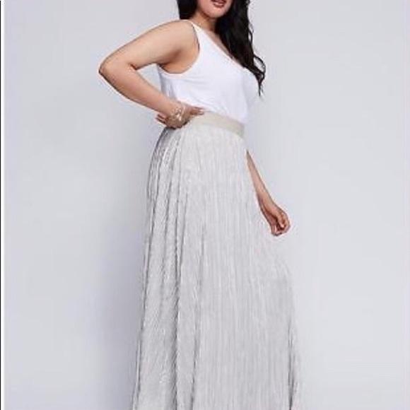 674d9371517 LANE BRYANT silver foil pleated MAXI skirt